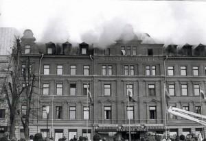 bilder på branden renströmmen-2